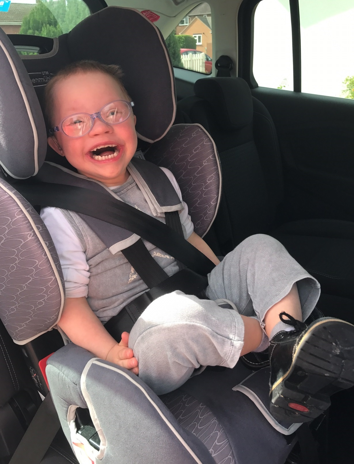 A SPECIALIST CAR SEAT IS HELPING TOBY GET OUT AND ABOUT – THANKS TO ...
